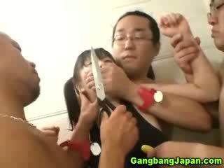 Azjatyckie szmata grupa grope orgia