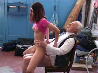 Old man želim da popravilo my kolo video