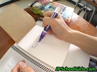 Asiatiskapojke skol kön högupplöst