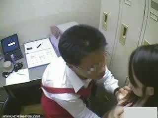 Shoplifting kanak-kanak perempuan