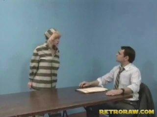 Ramonée par son lawyer