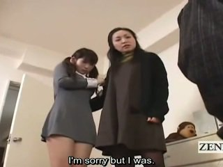 Subtitle נקבה בלבוש וגברים עירומים ביחד יפני תלמידת בית ספר ו - אמא שאני אוהב לדפוק מלכוד peeper