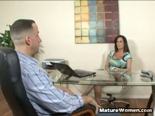 Velikan titty črno haired milf stephanie wylde je a pecker avid milf ki preys onto ji employees. ona wont let them have away nearby any kind of insubordination and she wont naj jim imajo out od