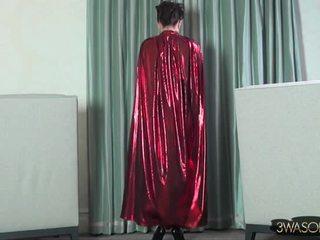Ewa Sonnet - Red Riding Hood(grown Up)