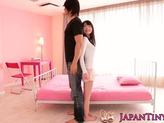 Little asian Yumeno Aika gets a creamy facial