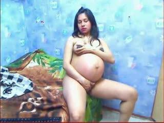 Vianna Hot preggo girl in webcam