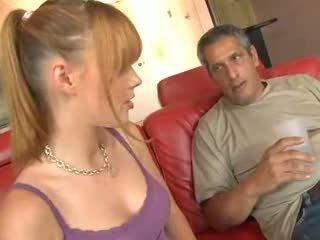 Tatuś jest an stary pervert