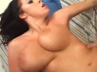 grande, big boobs