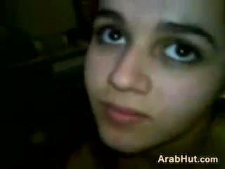 Arab tini lány szopás neki boyfriends fasz