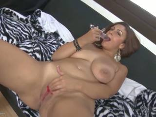 Top Mom with Big Natural Tits and Sexy Body: Free Porn 79