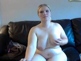 丰满的 妻子 gets spanked 和 masturbates 上 摄像头