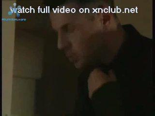 Schöne brünette arsch gefickt auf die couch xnclubnet