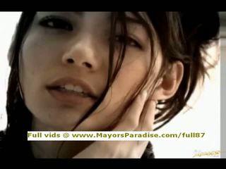 Tina yuzuki innocent 中国の 女の子 フェラチオ と gets cumshoot