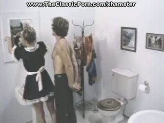 Klasično porno prizori v a kopalnica