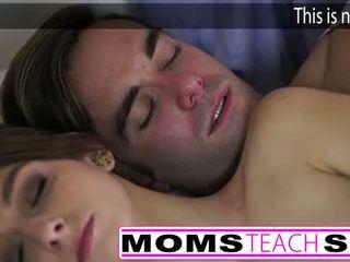 Gorące mama i krok syn pieprzyć młody sympatia