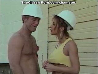 고전적인 포르노를 영화 와 a handsome bilder