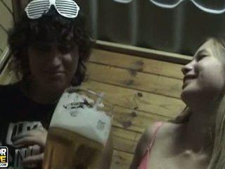 adolescent cuplu, amatori, sărutat