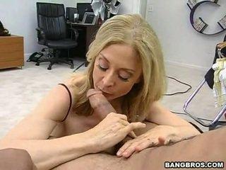 Sensuous momma nina hartley sits onto ji heated muff pie onto a sausage kot a dissolute kravarica