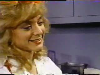 Nina hartley treats bịnh nhân với âm hộ