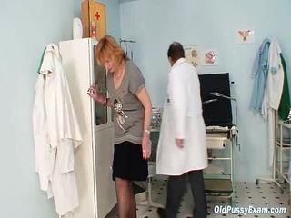 Redhead Granny Impure Wet Crack Stretchellong In Gyn Clinic