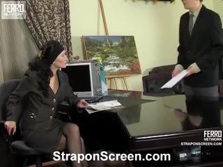 Irene a ernest nadržený strapon film