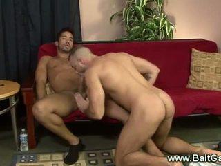 Rovný a homosexuální guys doing a sixtynine