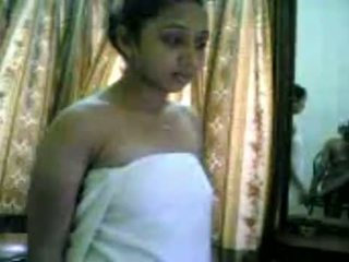 Desi College Girl Showing Her Boobs