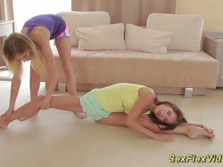 Fleksibel girlfriends stretching, gratis hd porno 36