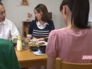 Gražu seductive japoniškas mažutė pakliuvom