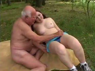 Vectēvs mireck - a jāšanās uz the mežs, porno a8