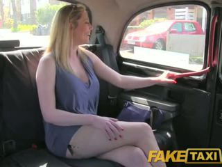 Faketaxi umazano britanke puma je srečna da jebemti the london taxi driver