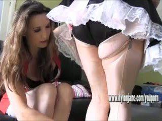 Seksi milf gives nakal gadis t pembantu bokong tamparan di pantat dan seksi slow nilon merangsang dengan kaki