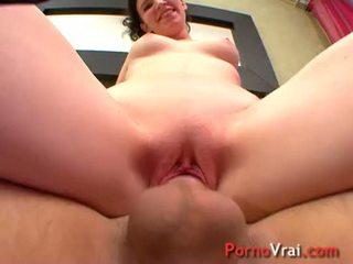 Elle se fait jouir a coups de reins sur son gros sexe ! French amateur