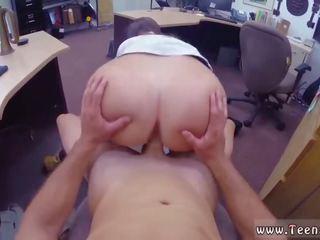 성숙한 브루 넷의 사람 큰 가슴 선생 과 단단한 빠른 씨발 큰 가슴 과 융통성있는