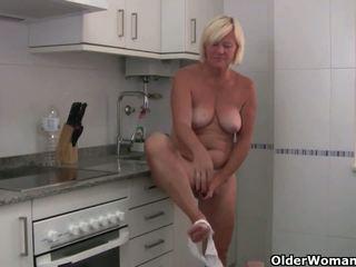 Sabine collectie: gratis ouder vrouw plezier hd porno video- 0c