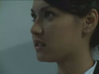 Maria ozawa i detyruar nga siguri guard