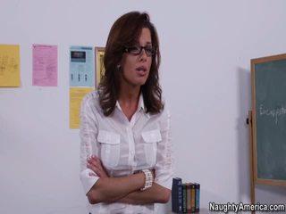 Veronica avluv 色情