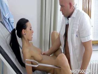 Gynecologist qirje i ri i durueshëm