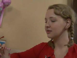 Възбуден тийн прецака от тя учител