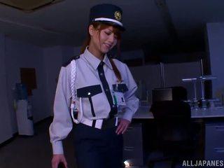 चाइनीस पोलीस donna gives भयानक फूटजोब को एक बर्ग्लर