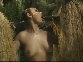 非洲的 brutally 性交 美國人 女人 在 叢林 視頻