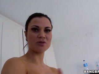 샤워 뜨거운 섹시한 gigantic 가슴 jasmin jae