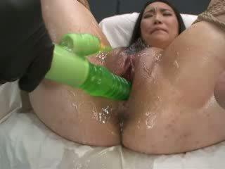 Yang besar green faraj eater