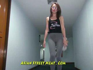 Buggered filipina lart të saj rectum