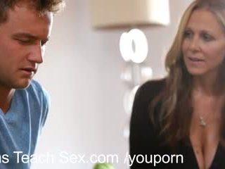 Najstnice par gets seks lessons od vroče mama
