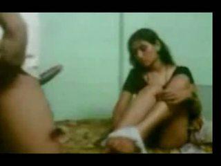 Northindian servant aunty hubungan intim oleh dia bos di h