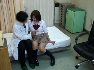 Skolniece hypnosis sekss ar ārsts