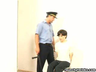 Išdykęs b-y arrested ir pakliuvom
