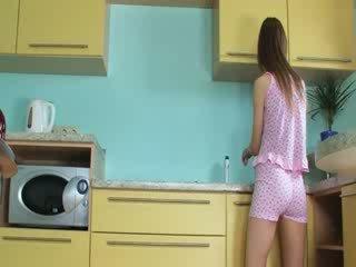 Luxus toying chňapnout v the kuchyně