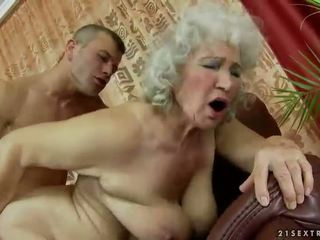vanaemake, vanaemake, moms ja boys